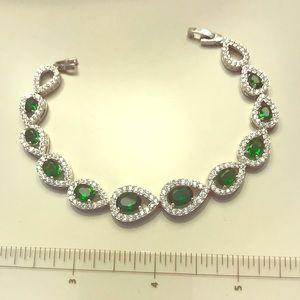 Emerald Color Pear Shaped Bracelet